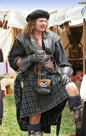 Who makes wearing a kilt look best?