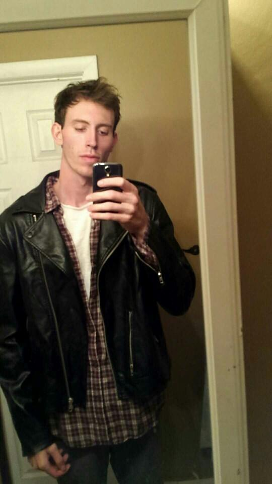 Dose this leather jacket look good on me??