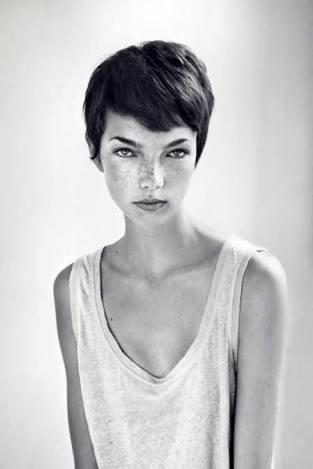 Guys, would you date a girl with very short hair?