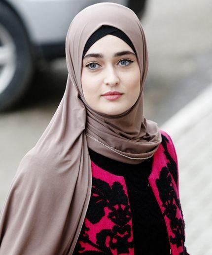 loop muslim women dating site Single muslim women - sign up on this dating site if you want to be crazy in love start using online dating site and find new relationship or new love single muslim women  the world wide web was a tool to meet new people in spite of the barrier of distance.