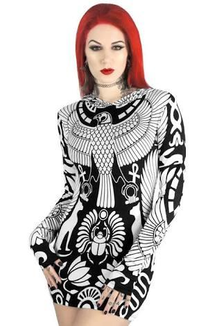 Do you like this black and white dress? Comment you opinion ? (Pictures)?