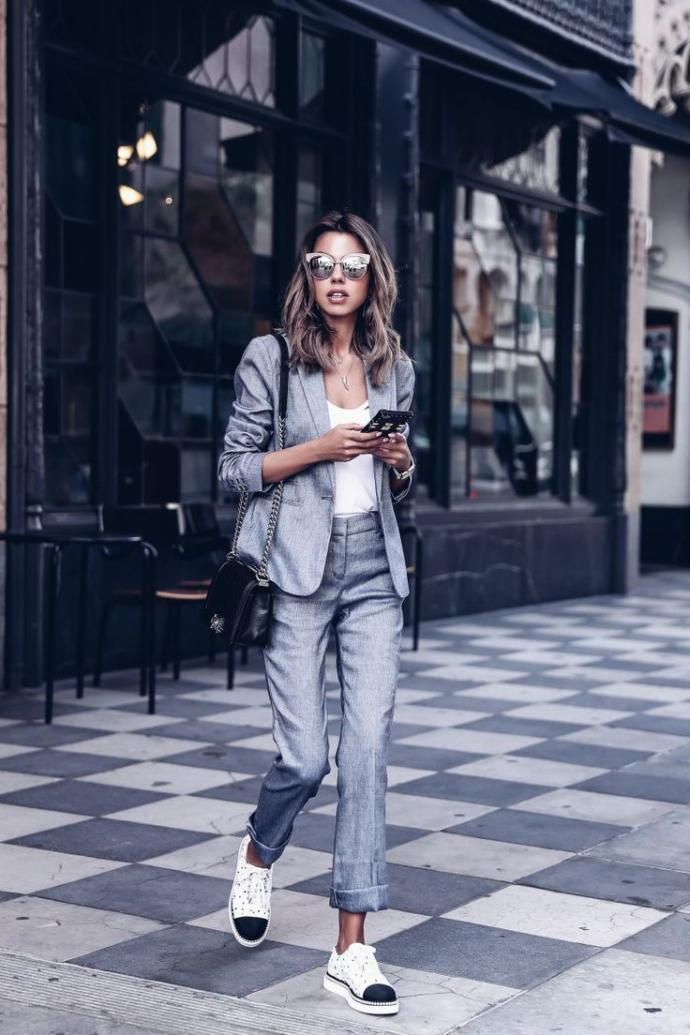 Do you like women with workplace style like that or do you find them less feminine?