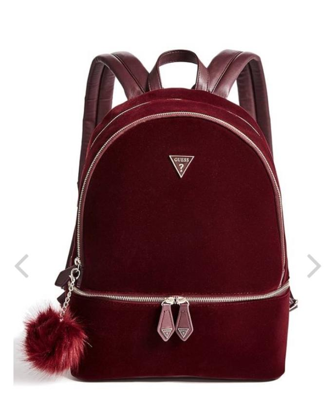 Can you pair a burgundy bag to any outfits?