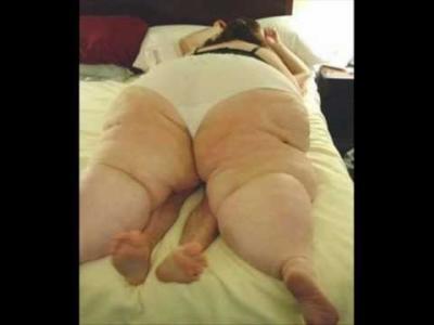 Fat girl on skinny guy