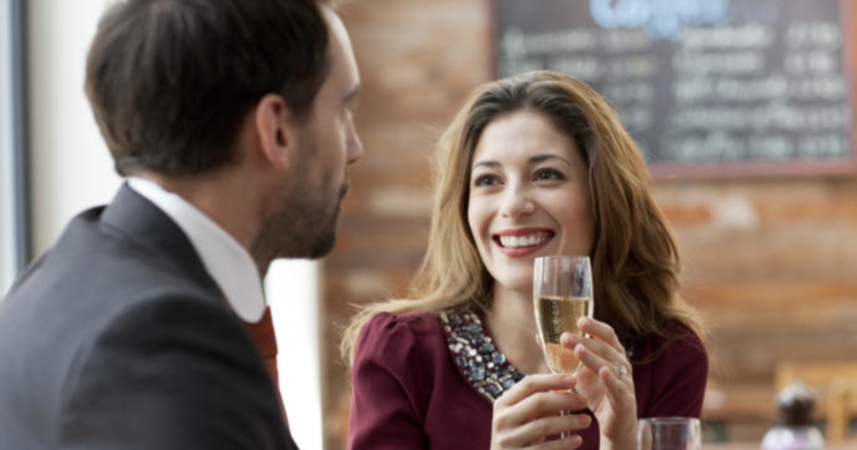 recently divorced guy dating What to consider when dating a recently divorced man most experts agree that a recent divorce is one that happened within the last year or two divorces, like men, come in all shapes, sizes, and situations.