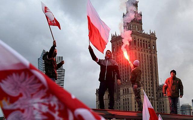 Poland's 60,000-strong nationalist march gives hope to Europe. Thoughts?