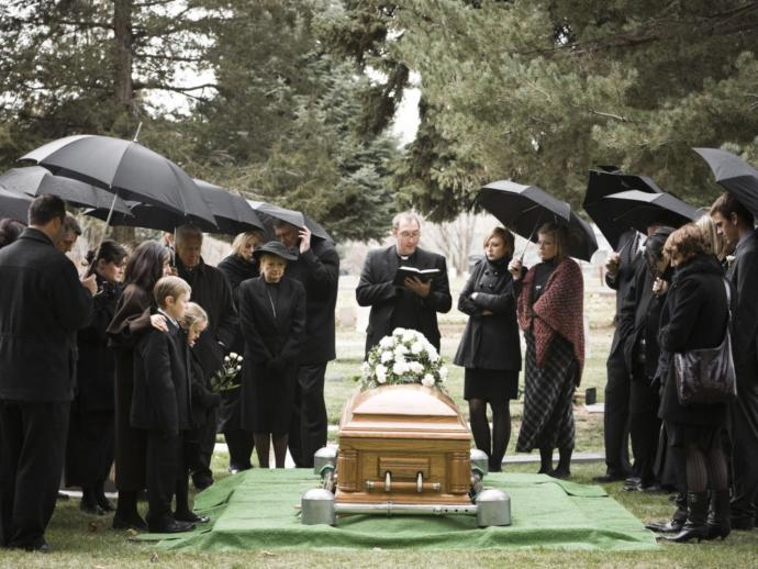 Would you date a funeral director?