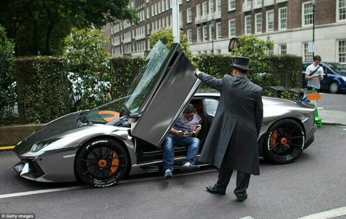 Will you marry a rich,millionaire man and live a lavish lifestyle??