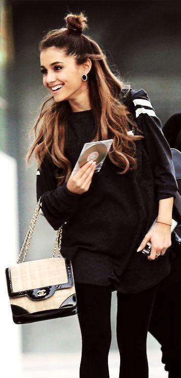 Do you find Ariana Grandes  height and style attractive ?