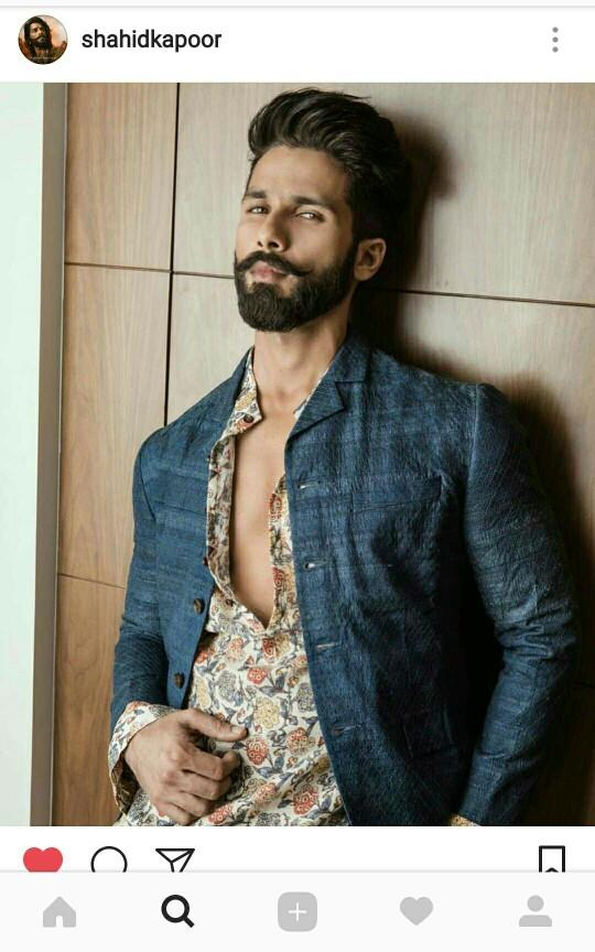 Shahid Kapoor from India becomes the Sexiest Asian after beating Zayn Malik. What are your thoughts?