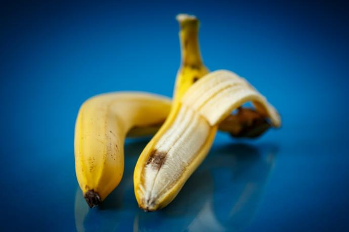 Do you eat the bruised part of a banana?