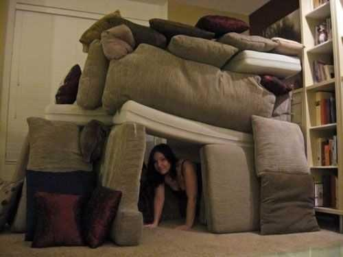 Would you like to build a pillow fortress with me ??