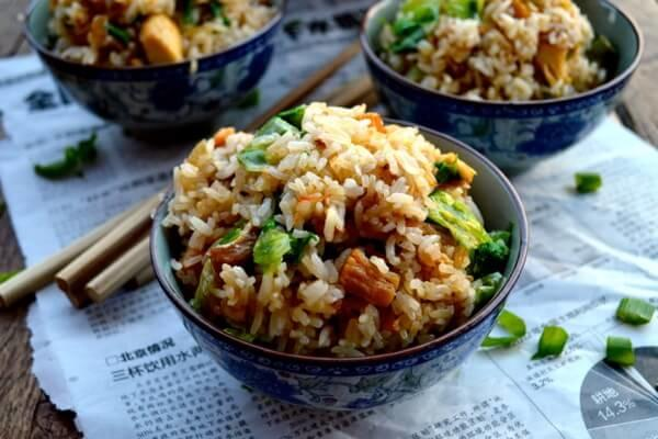 Would you enjoy dinner, if I served you my homemade Cantonese chicken and fish fried rice?