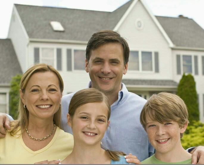 Which lifestyle would you choose?Wealthy-single or married-middle class?