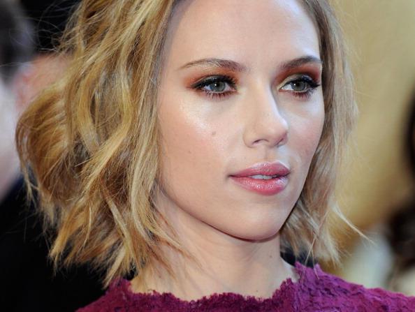 Scarlett Johansson vs. Alexandra Daddario: Who's hotter?