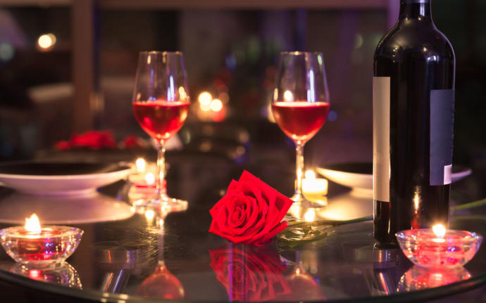 What would you order on a romantic dinner date?