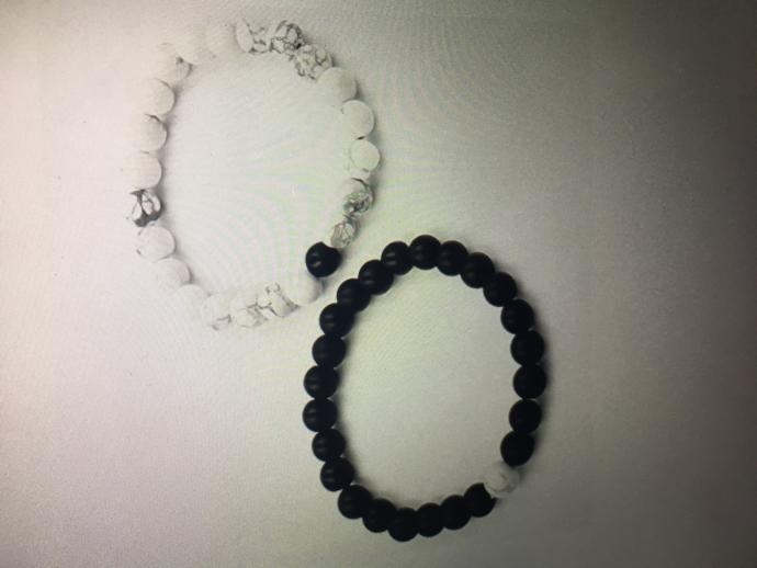 VALENTINES DAY PRESENT: should I get my boyfriend and I matching but different colored bracelets?