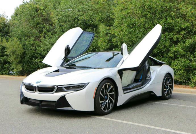 Best Looking SuperCar??