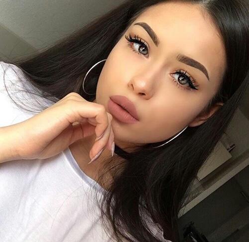 What do guys think of hoop earrings on girls?