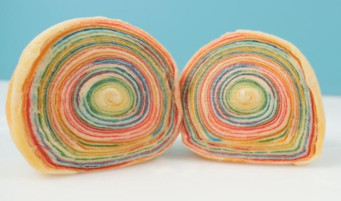 Have you ever tried a Rainbow Apple Pie?