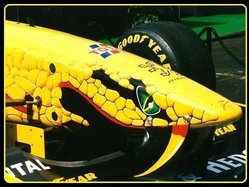 F1 fans: which F1 team is this car??