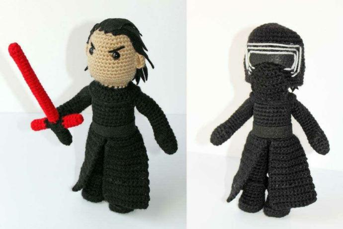 If you were buying a plush made to look like kylo ren would you want him with or without his mask?? (Photo not mine)?