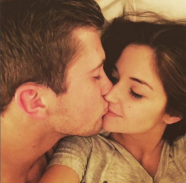 I don't feel anything when I kiss my boyfriend, why?