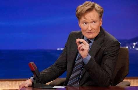 shos ur fav late night talk show host??