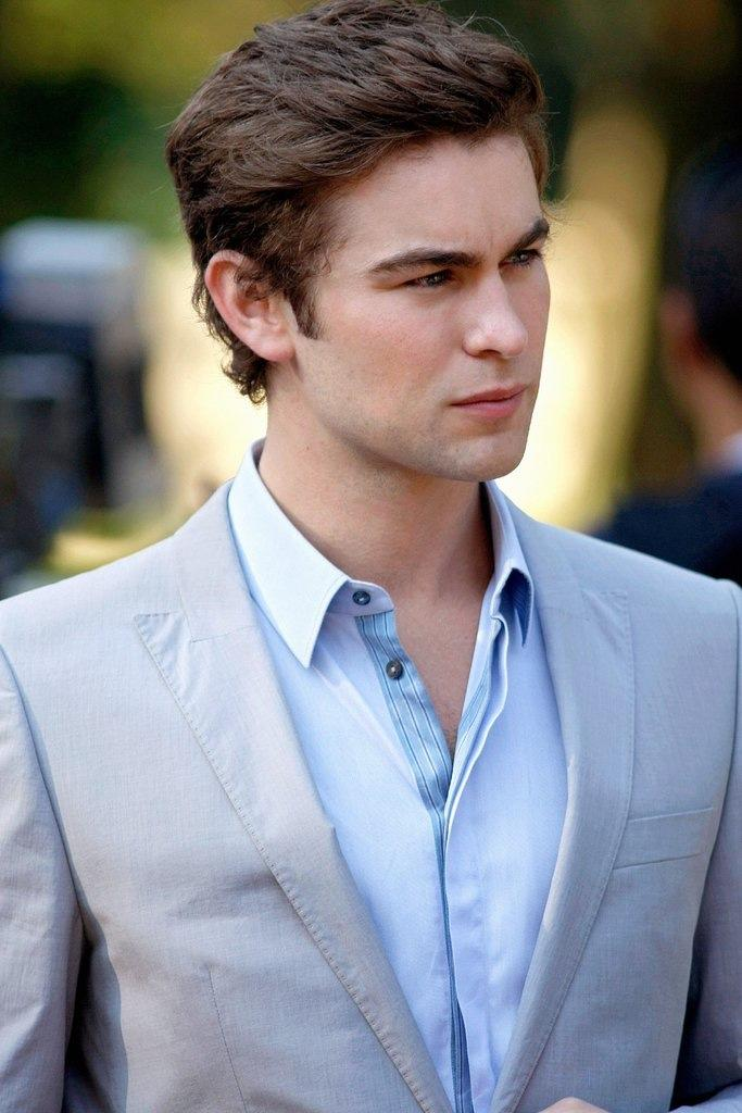 for gossip girl fan: what do you think of Nate archibald of gossip girl?