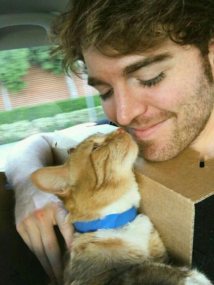 What do you think of Shane Dawson??