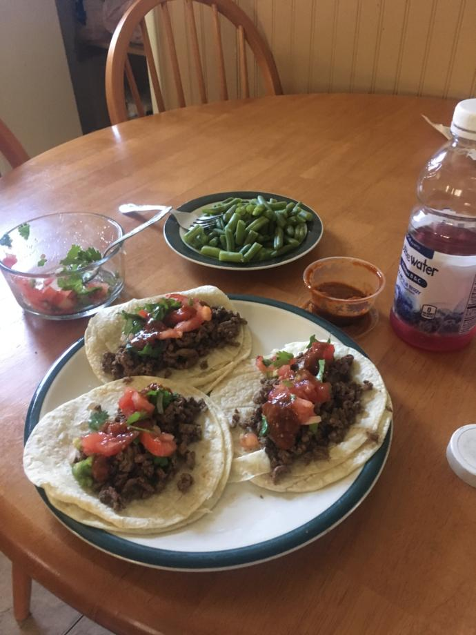 Rate this taco meal from earlier today?