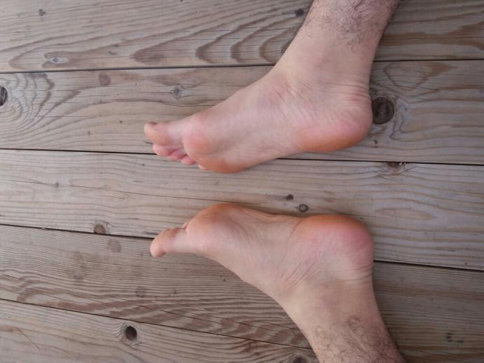 Would you care about your guy's feet size?
