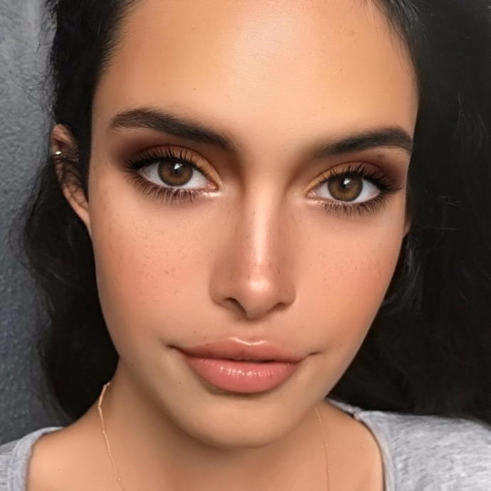 Best makeup for a maid of honor?