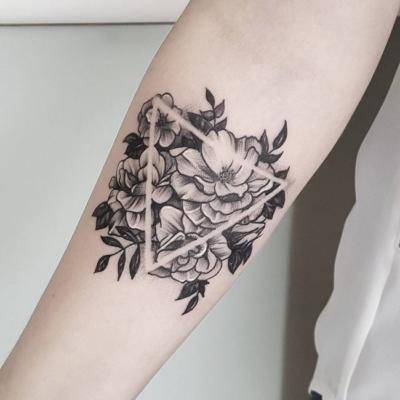 What S The Meaning Of A Triangle Tattoo With A Flower Inside