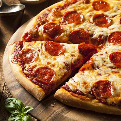 Pizza vs Cheeseburger: Which do you prefer?