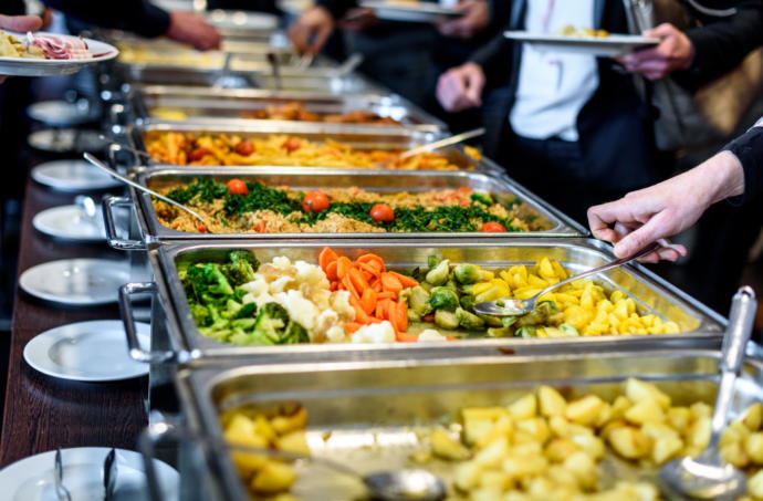Tipping at buffets-what to do?