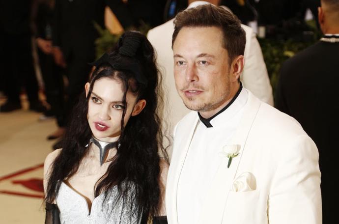 Is Elon Musk dating Grimes?