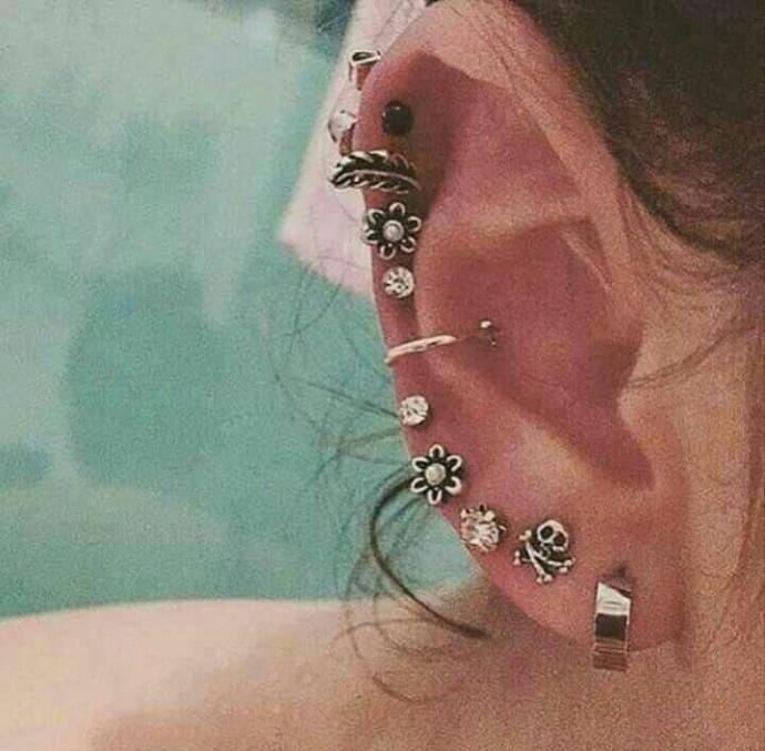 Do you like earrings?