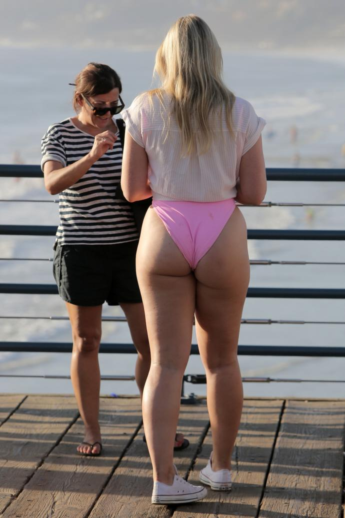 When do you guys know when a girl has a booty?