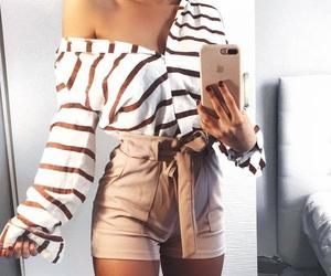 FashionPoll--Which outfit do you like the best?
