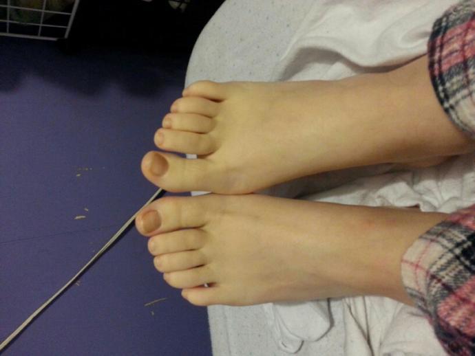 Do you ever paint your toenails?