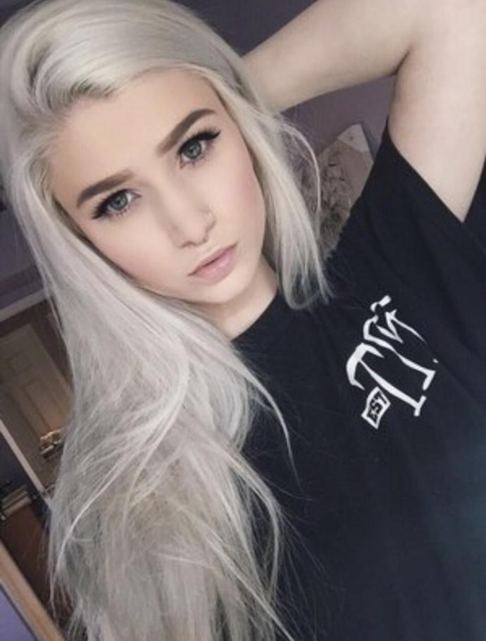 Black vs white/silver hair?