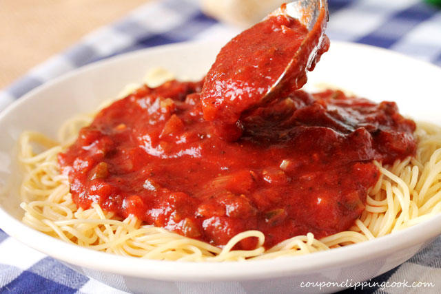 How do you personally like pasta sauce served —sauce on top, or mixed into the pasta?