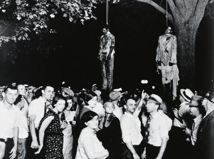They also look peaceful here when their favorite Sunday sporting event was Lynchings