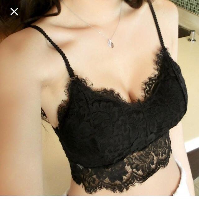 Does guys like to see girl wearing bralette?