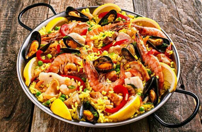 Does paella taste good?