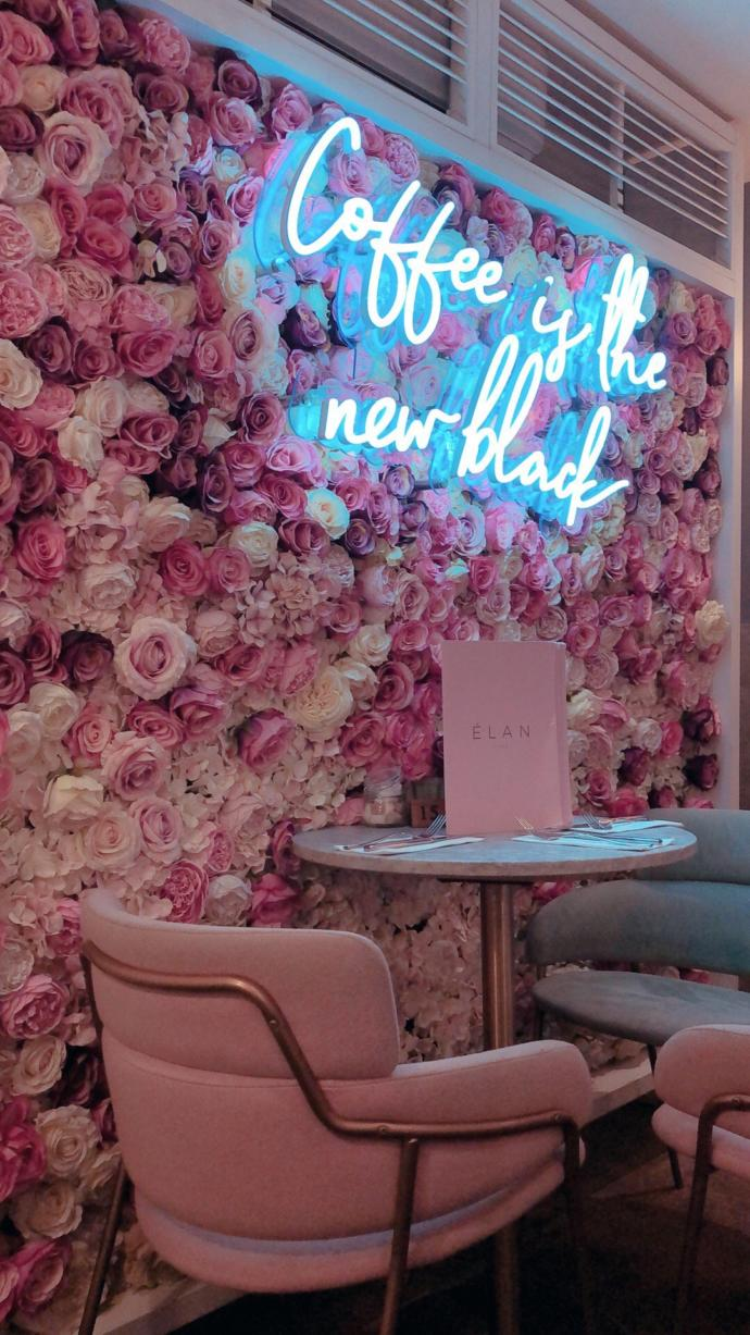 Found the pictures online. a good hangout idea this cafe in central London?