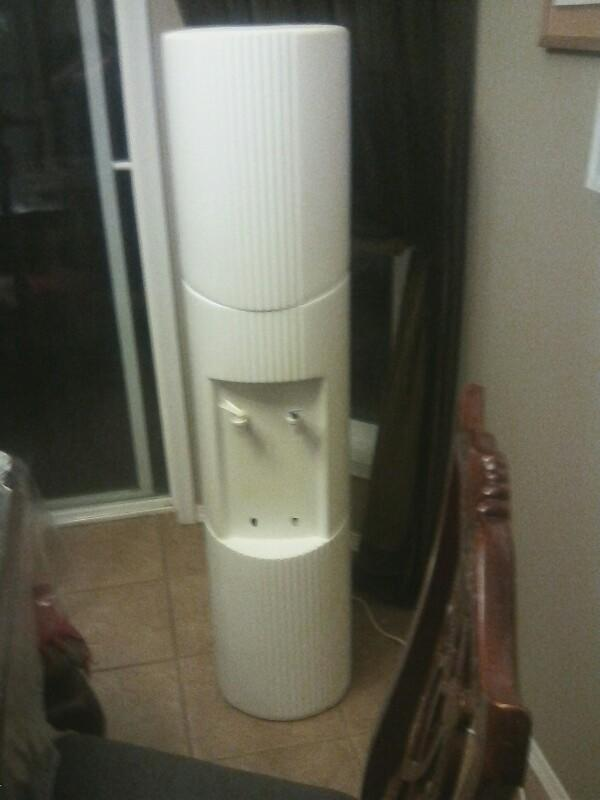 Hey guy's I just got a new water cooler at the thrift store for 5 bucks what do you guys think?
