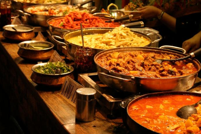 Heat Scale: How do you like your curry- mild , medium , hot or extra hot?