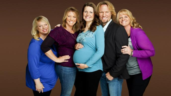 Men and women would you be open to the sister wives lifestyle why or why not?